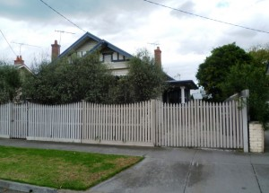 63 Ormond Rd EAST GEELONG